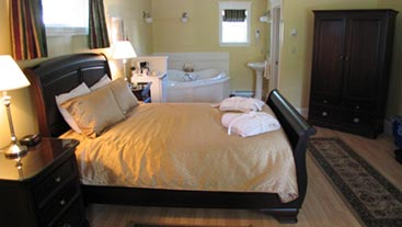 Shining Waters Country Inn Luxury Suites